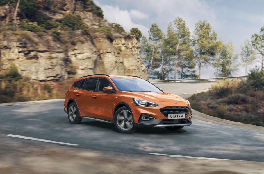Ford Focus получил версию кросс-универсал